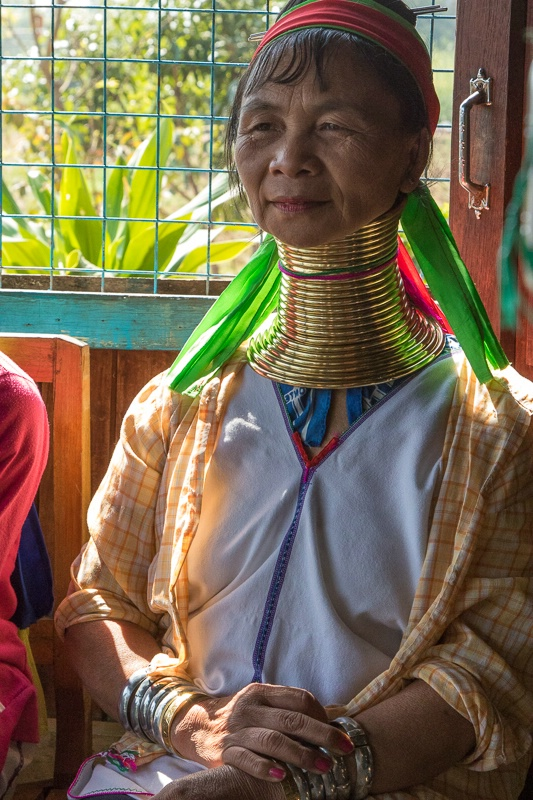 Padaung ethnic minority women
