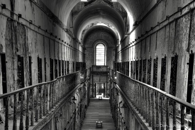 Old Prison Corridor-hdr 3-0 f lr 11-17-15 j226-228