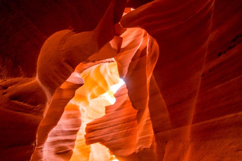 bw-page-antelope canyon-0497