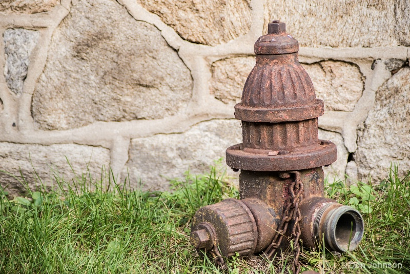 Old Fire Hydrant 11-17-15 303