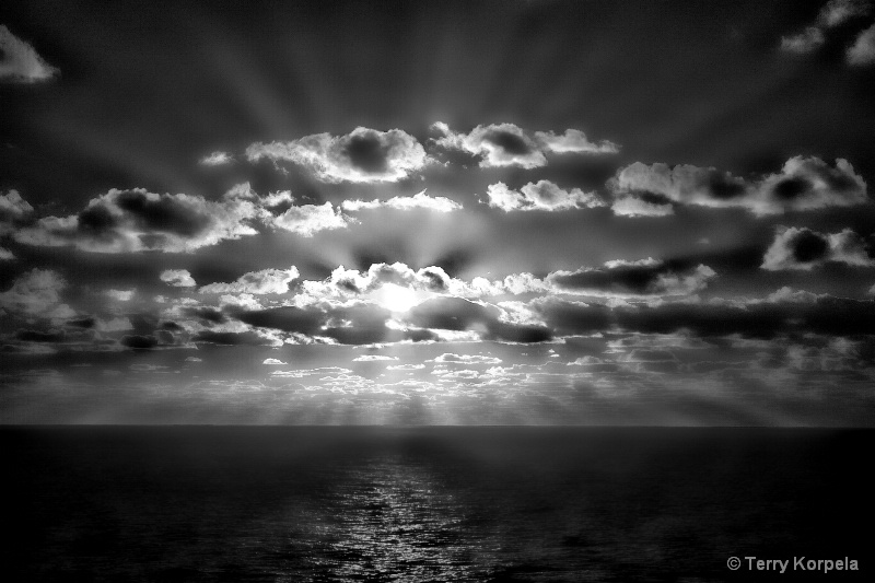 Hawaiian Sunrise b/w