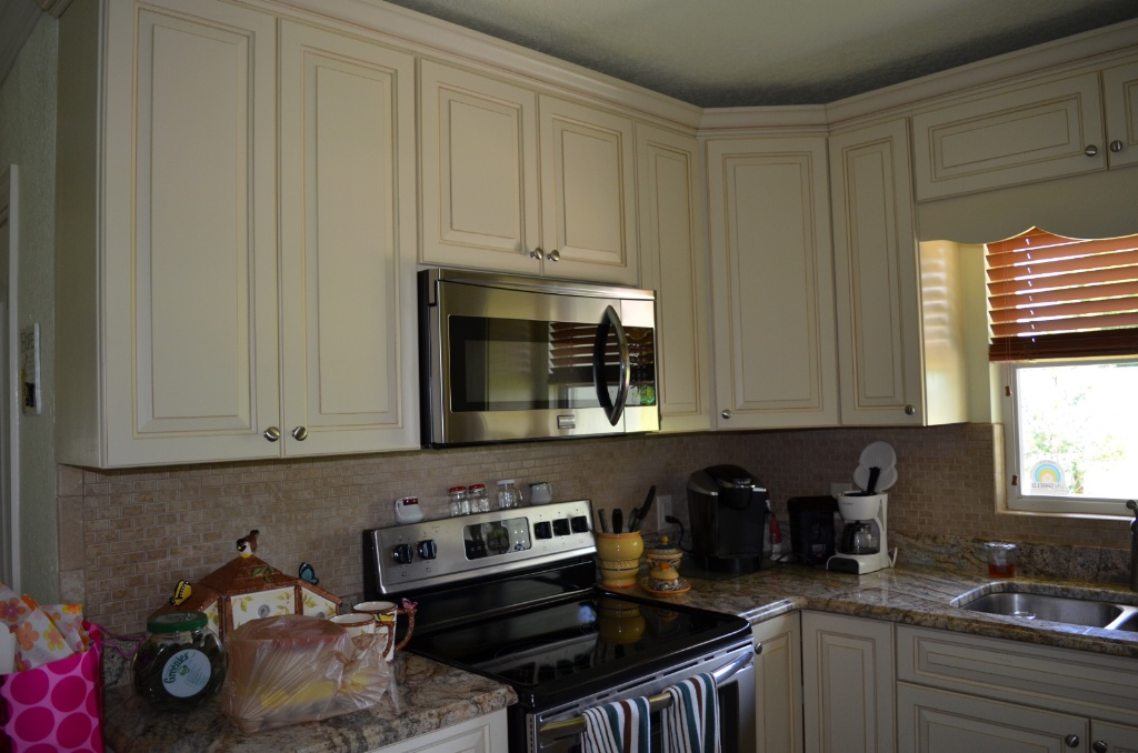 VIEW OF LEFT SIDE OF NEWLY REMODELED KITCHEN