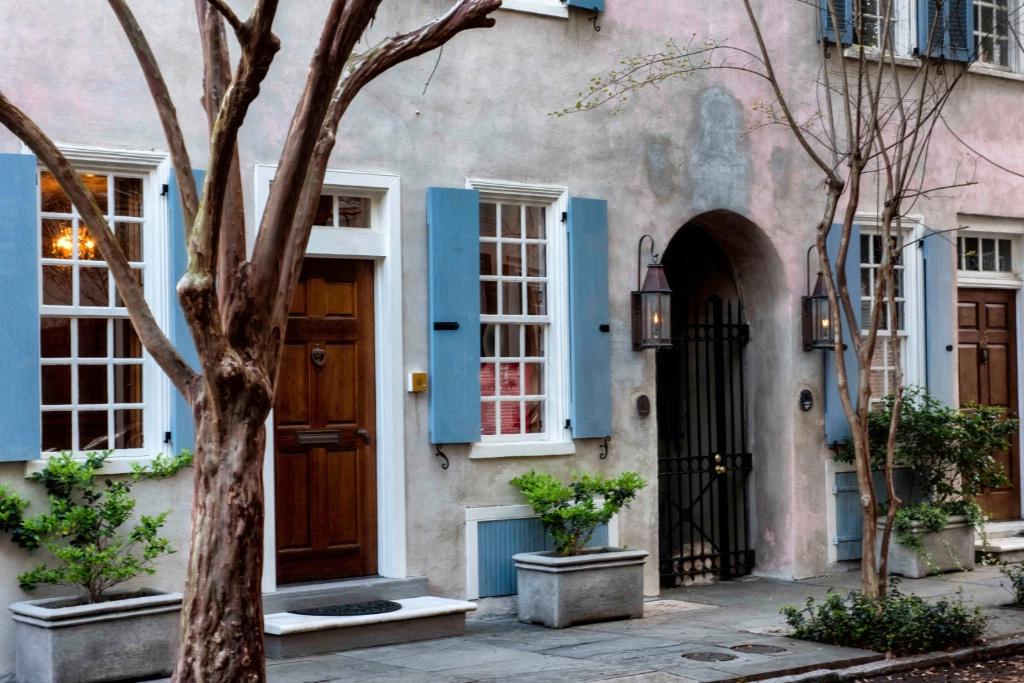 The Streets of Charleston