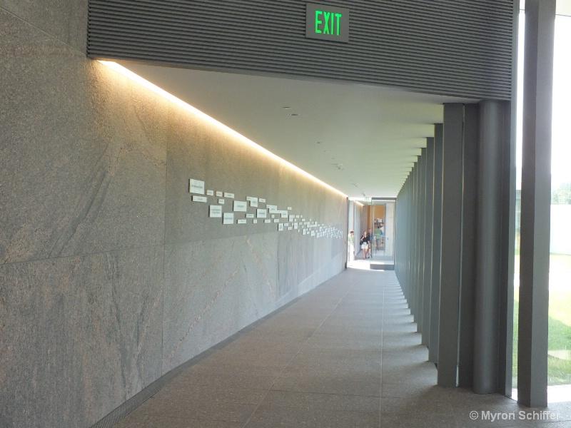 Modern Promenade
