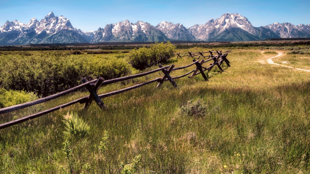 Path to the Tetons