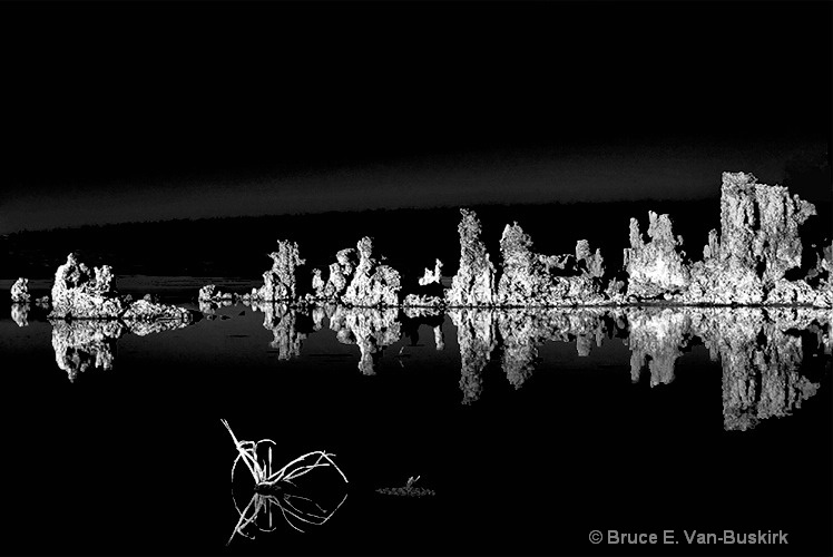 Really old picture of mono lake.