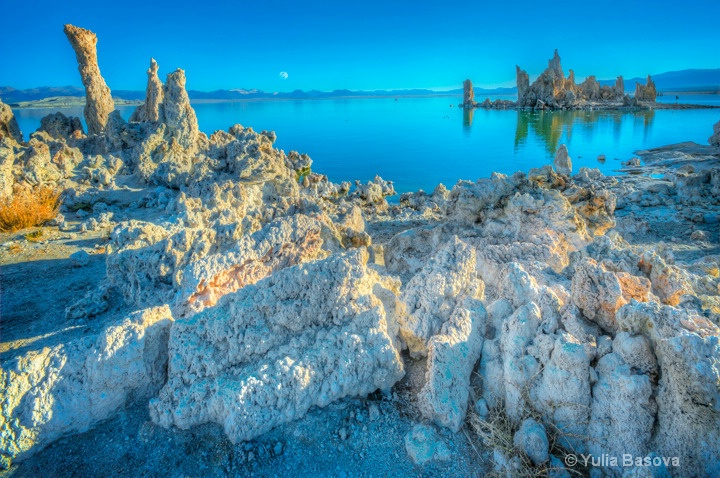 Mono Lake, California.
