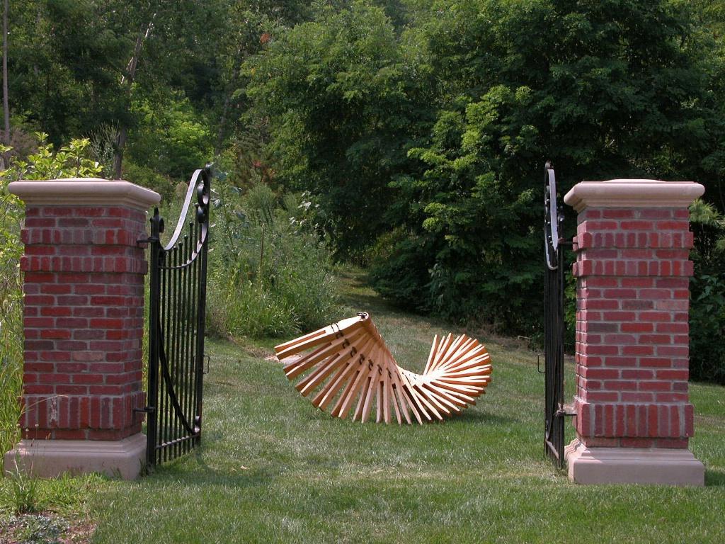 Art in Lauritzen Gardens