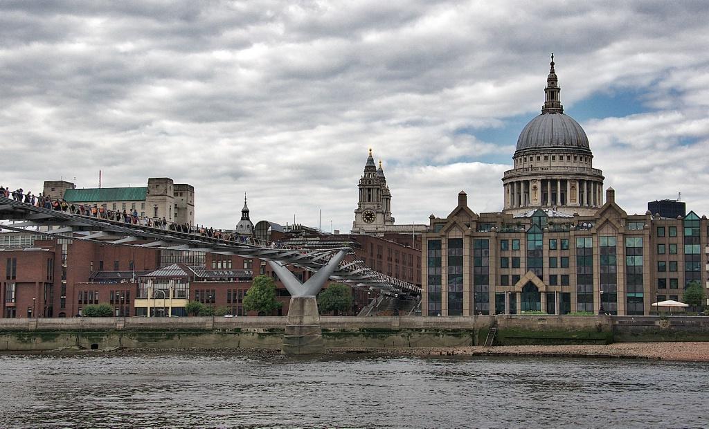 The Thames an Saint Paul