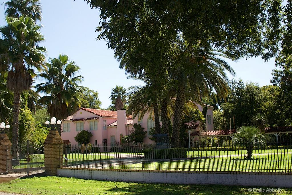 Brinkley Mansion