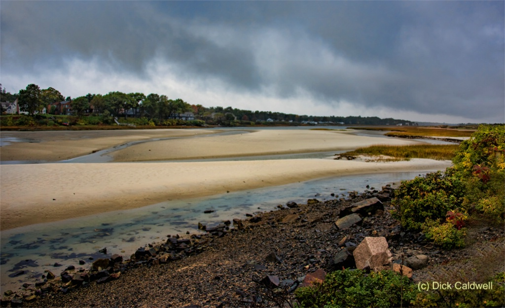 Maine coast in the rain: by Dick Caldwell