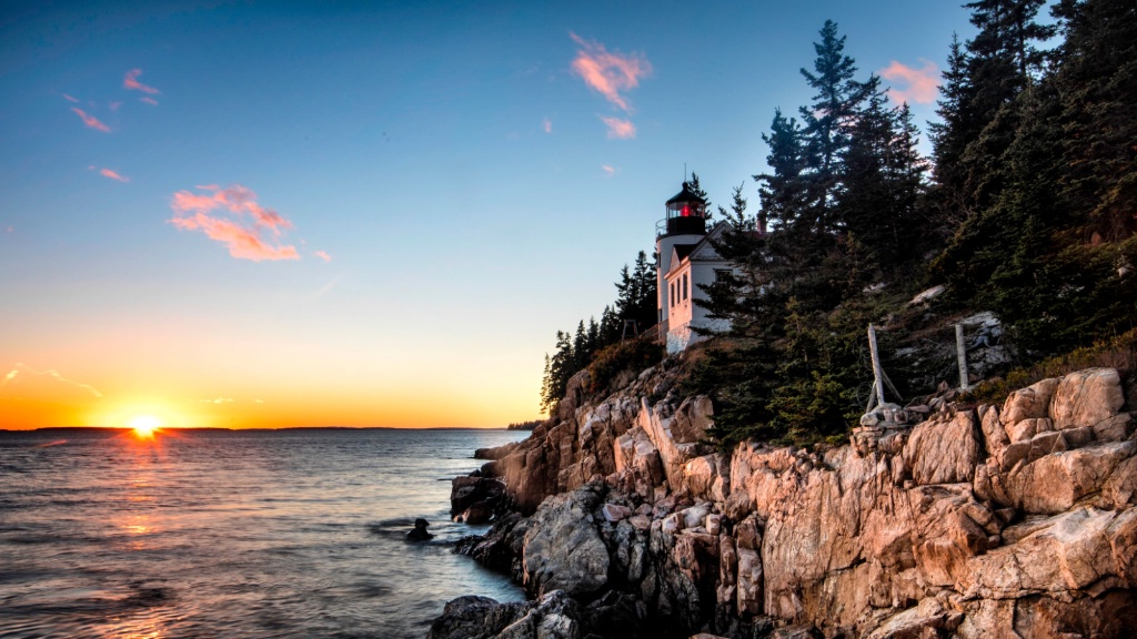 Sunset at Bass Lighthouse