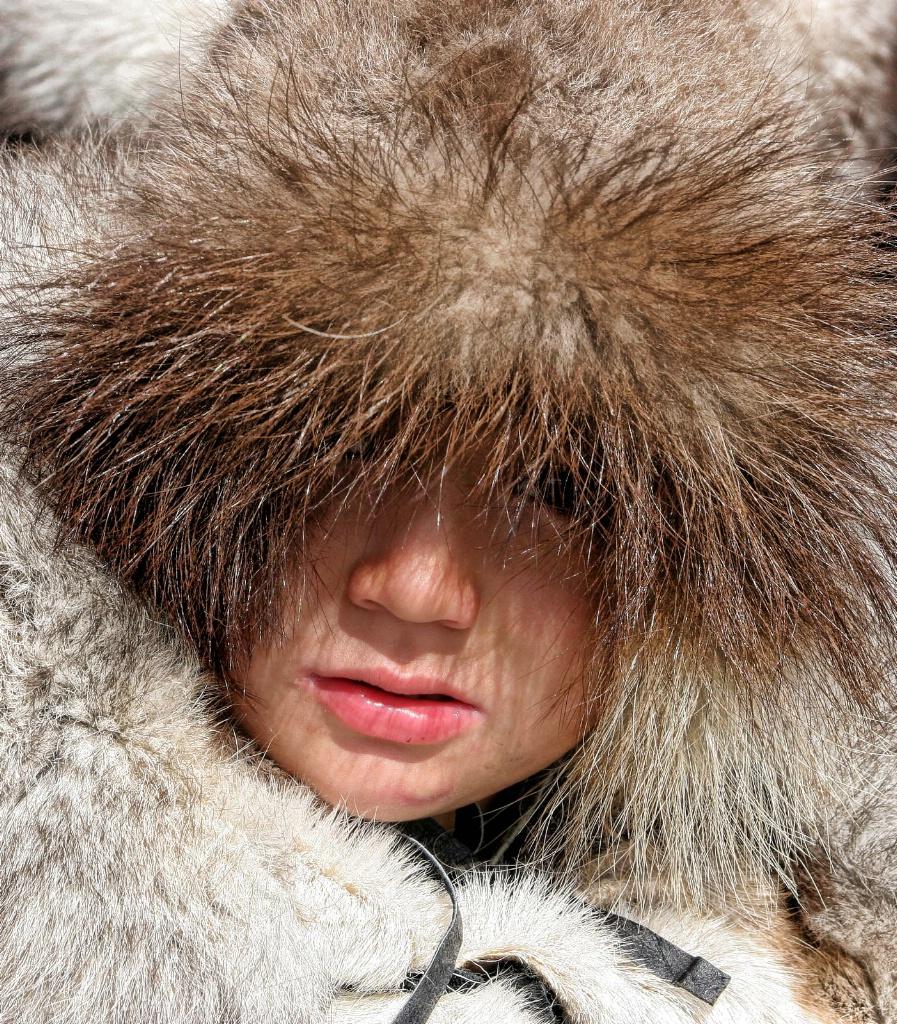 Inuit Girl 3