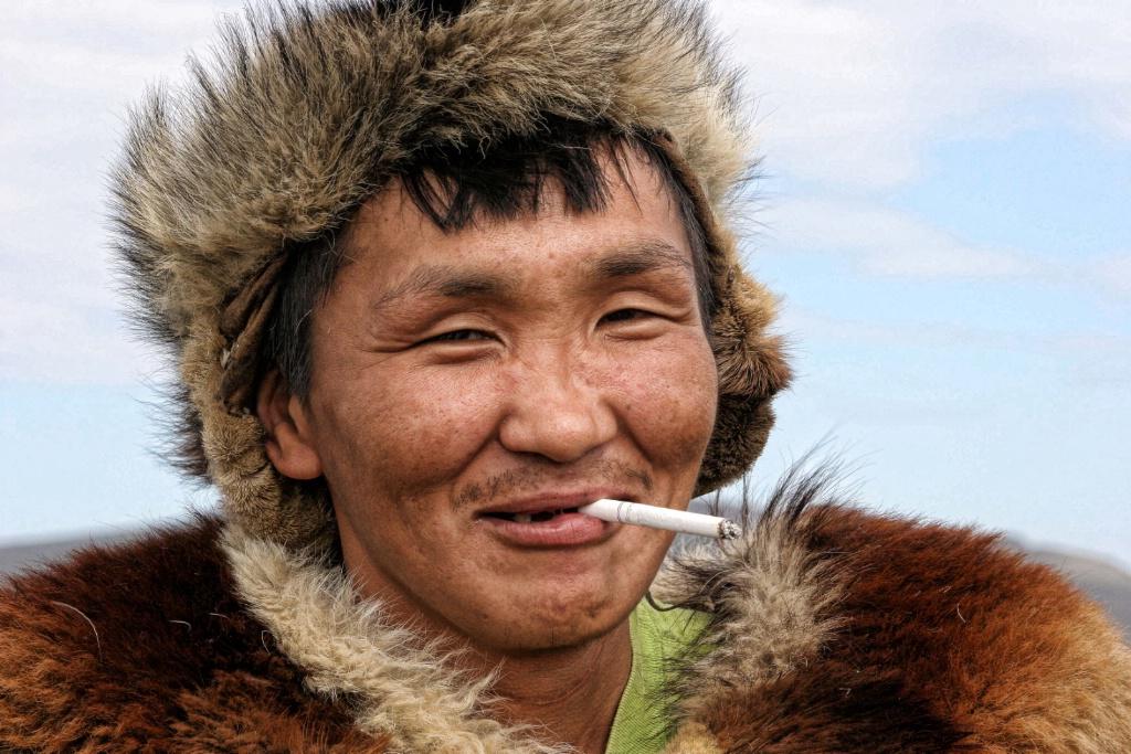 Inuit Hunter: On A Break