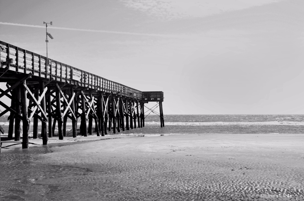Forlorn Pier: Beyond the Hurricane