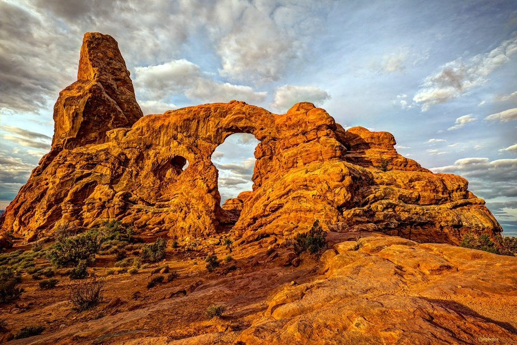 Turret Arch on a cloudy morning