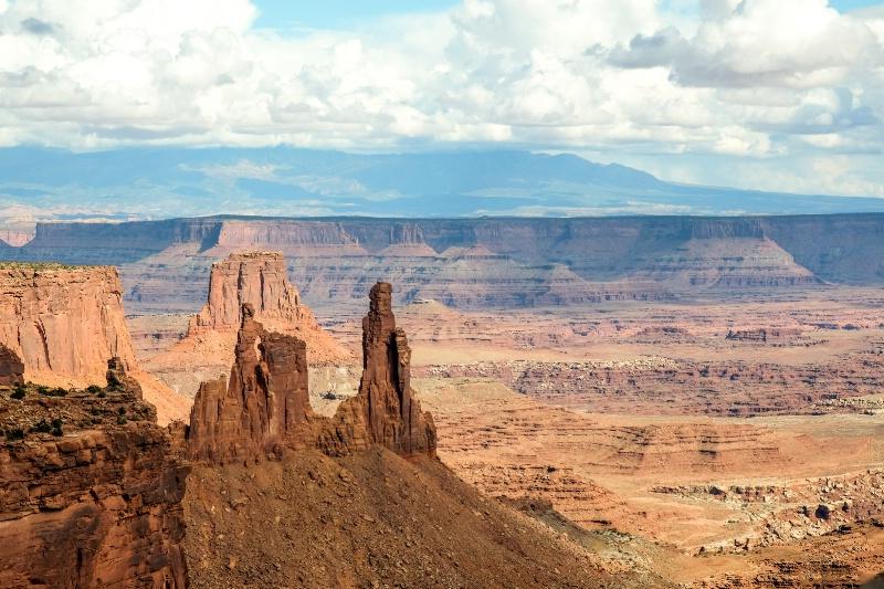 Expansive desert