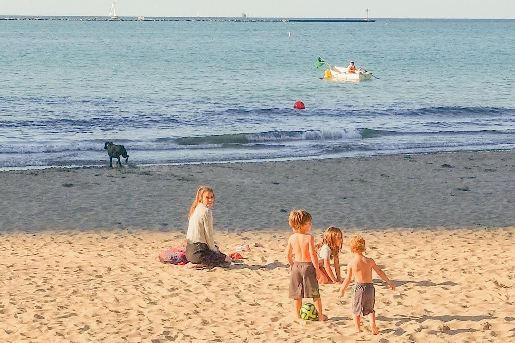 family fun at the Chicago shore
