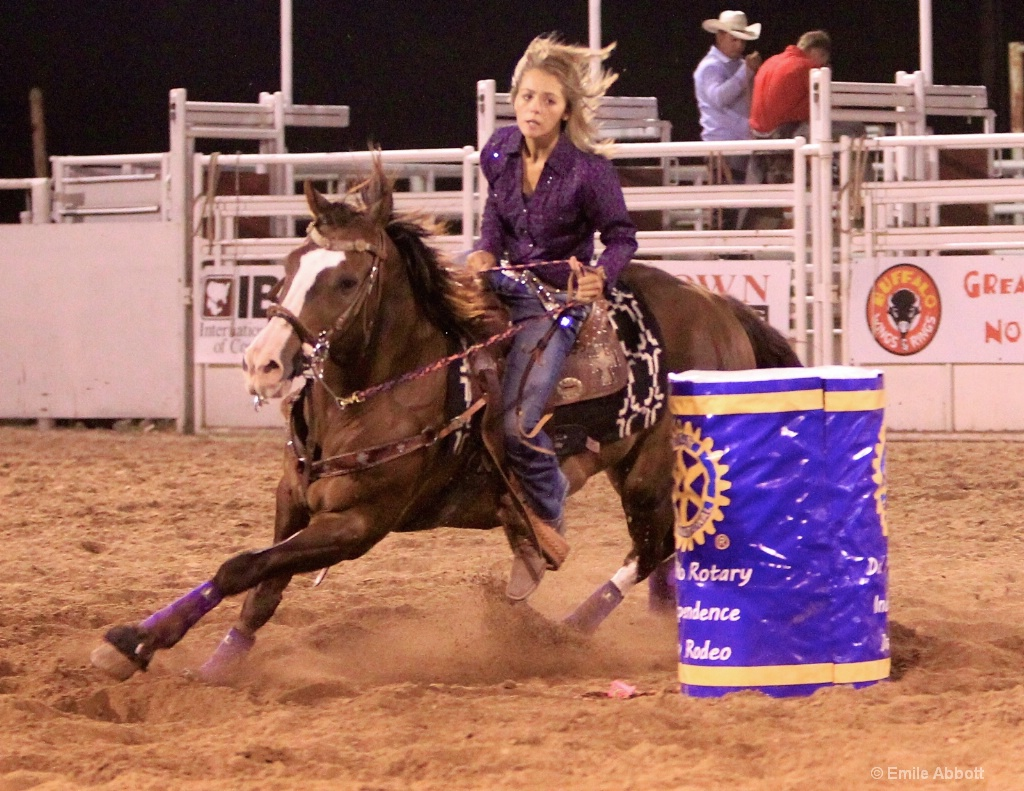 Brittney Henderson Barrel Racing
