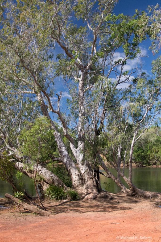 Lakefiled Waterside