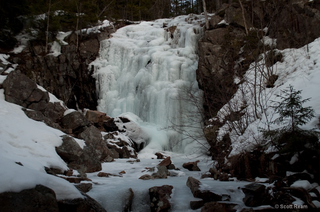 Bar Harbor.2010 Frozen Waterfall Bridge 2