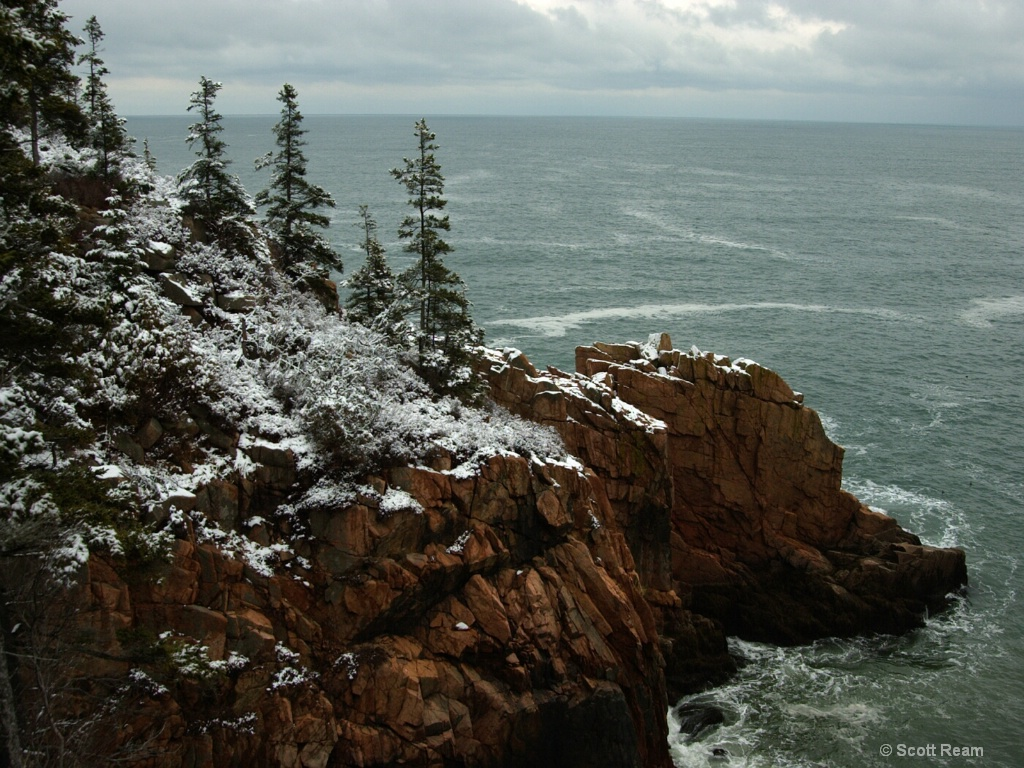 Bar Harbor.2001.Snow Covered Sea Cliff