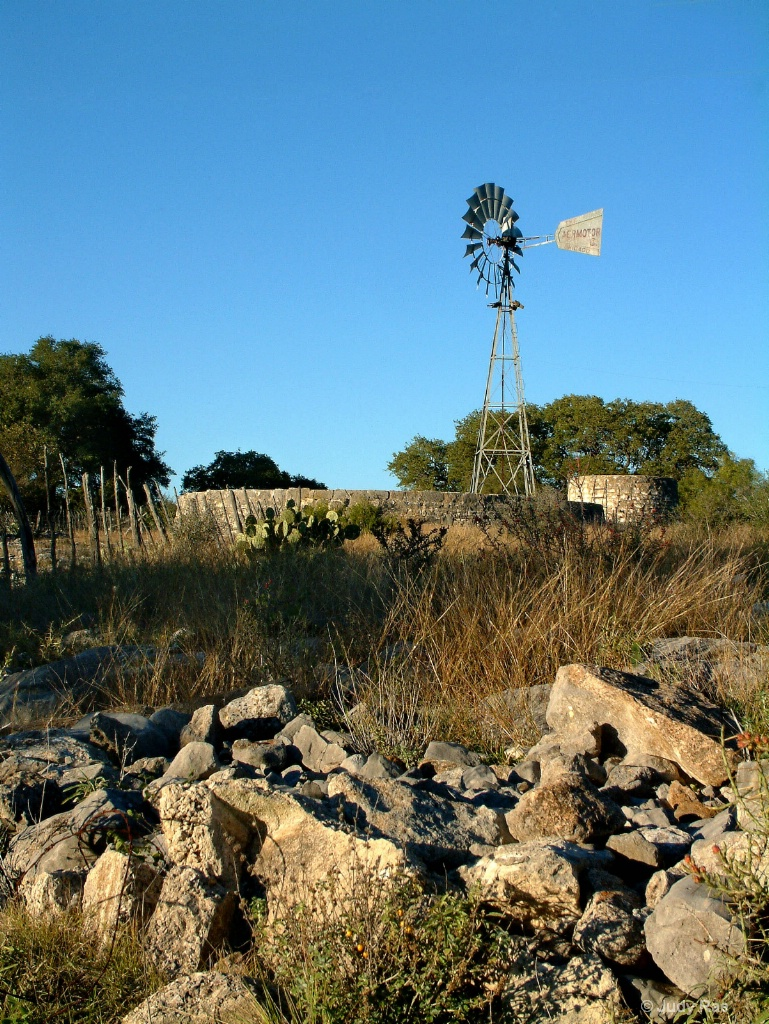 Hill Country Windmill 1
