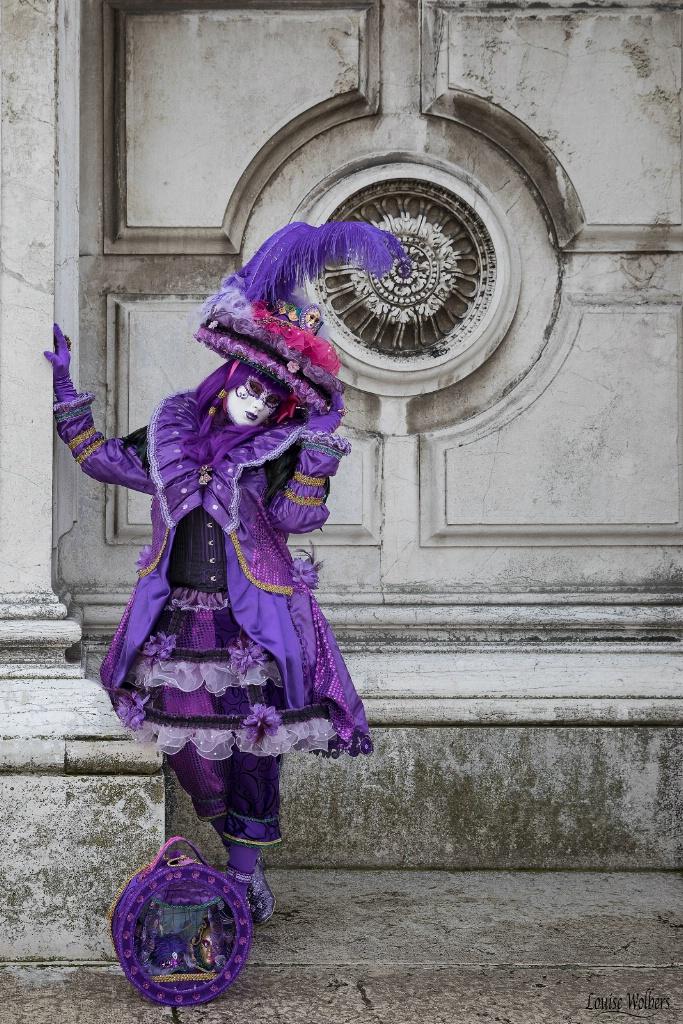 Purple Pose