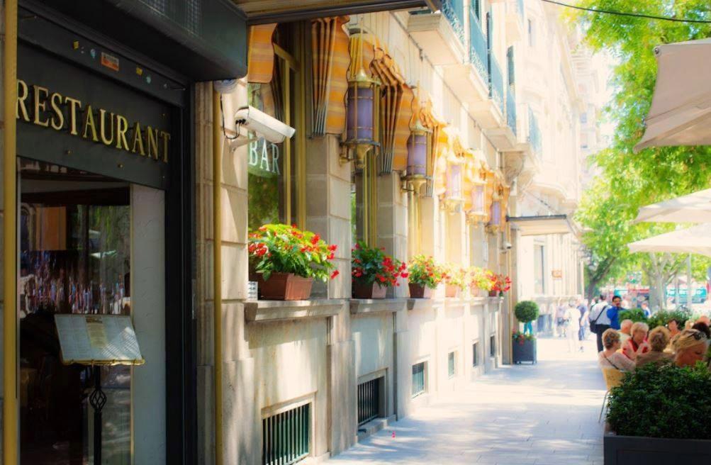 Taking a stroll in Barcelona