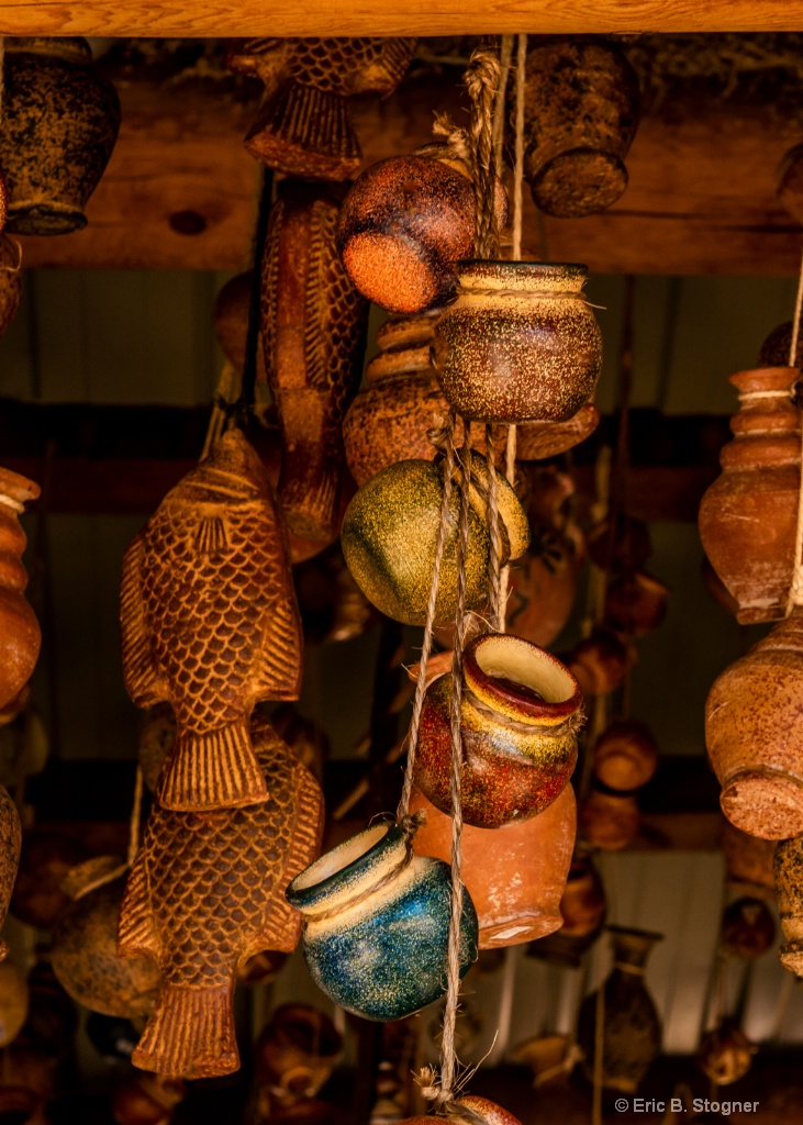 Hanging Pottery.