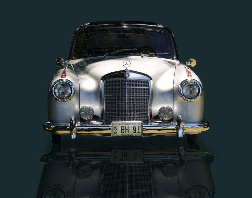 Silver Mercedes!