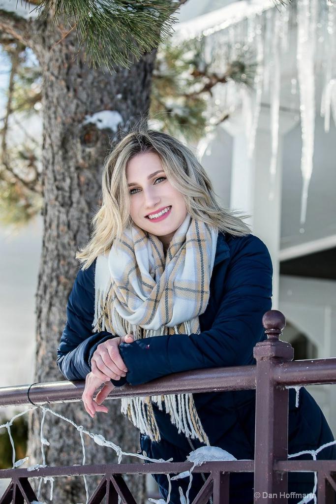 Lexie senior photos 17-18 1158