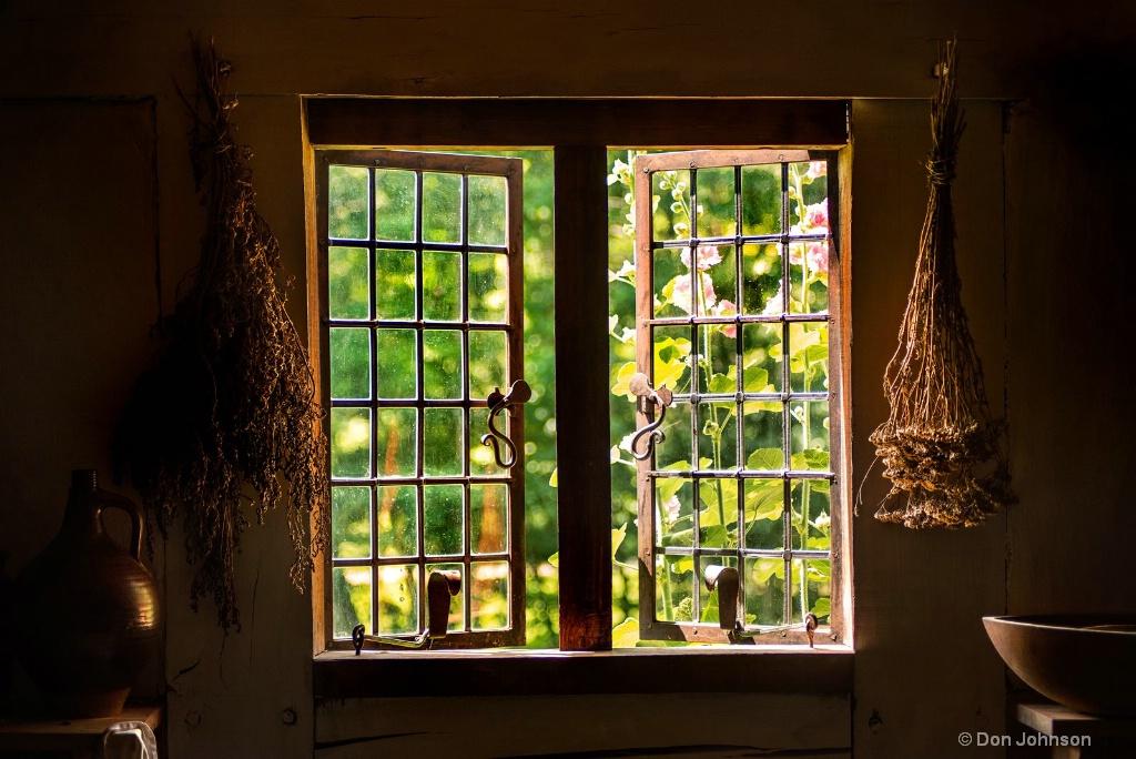 Historic Window-Inside 3-0 F LR 6-23-18 J039