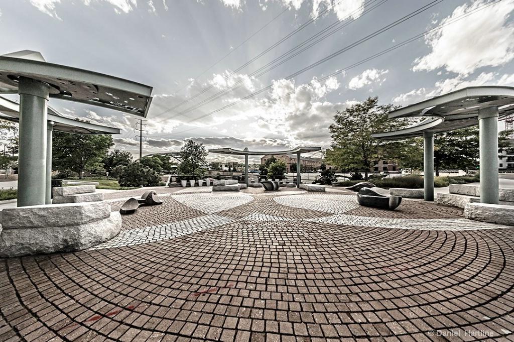 Neusteter-Plaza-2