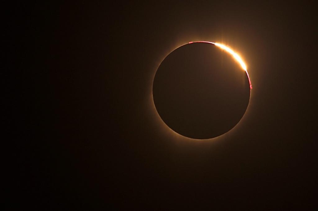 "Eclipse 6 ""The DIamond Ring"""