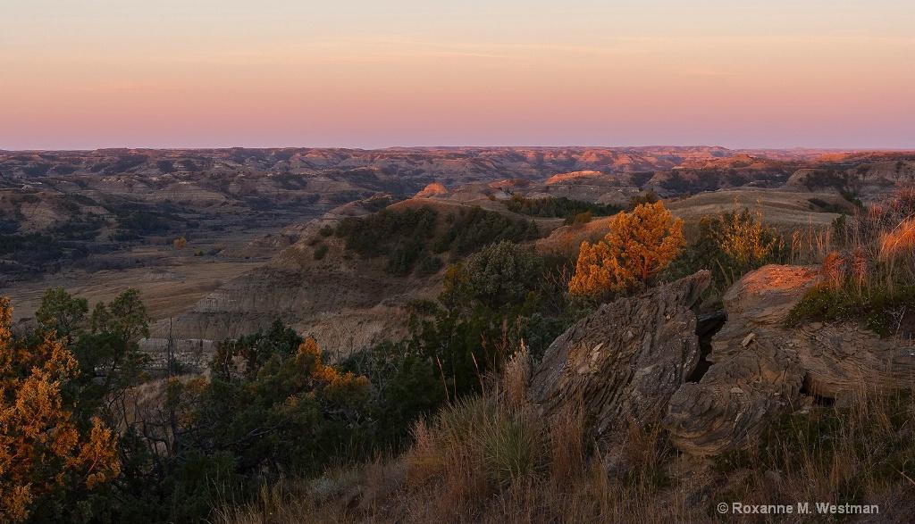 Overlook over North Dakota badlands Bennett creek