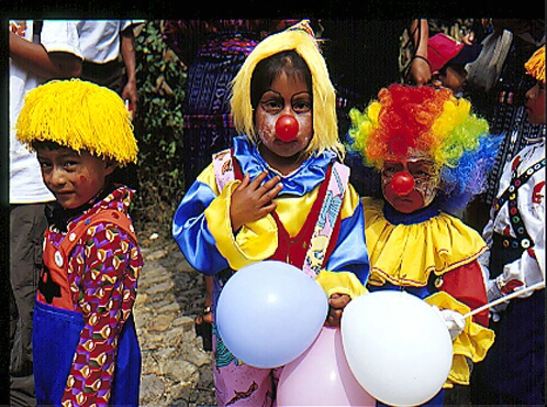 Children with red noses, Guatamala - ID: 64926 © Govind p. Garg