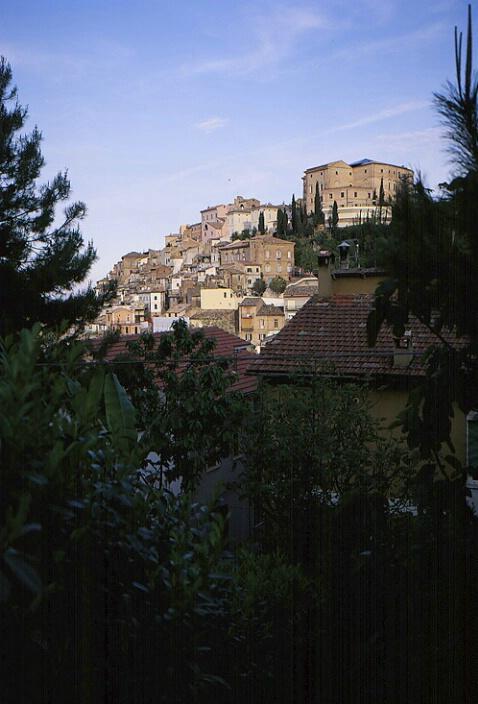 Loreto Appertino, Abruzzo, Italy - ID: 65748 © Govind p. Garg