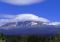 Saucer Cloud over Mt. Adams