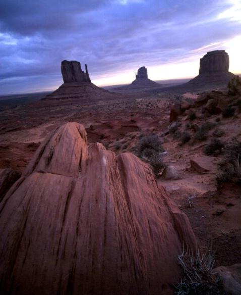 Monument Valley - ID: 132776 © Govind p. Garg