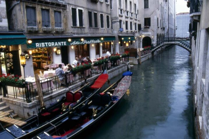 Venice Restaurant - ID: 137167 © Govind p. Garg