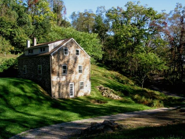 Stone House Waiting