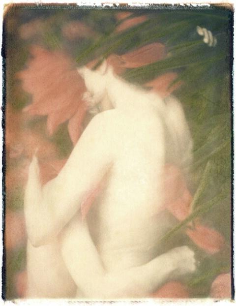 Nudes Embracing II