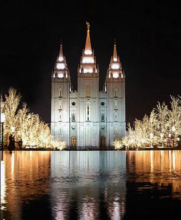 The lights at Temple Square