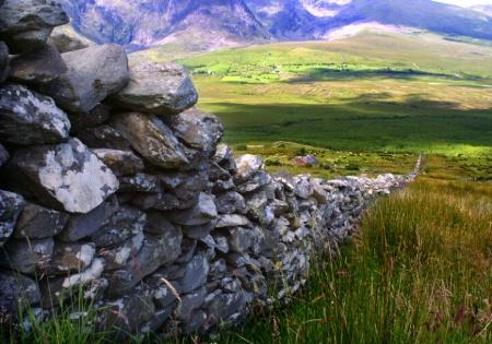 Wall near Dingle