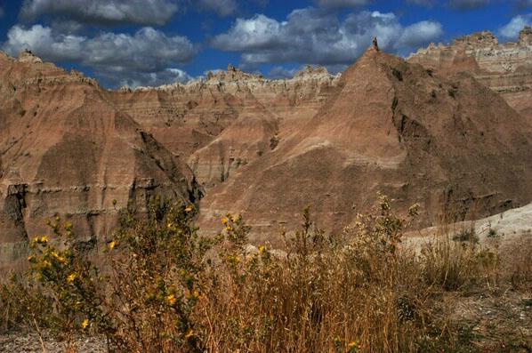 Badlands, SD - ID: 264919 © GARY  L. ROHRBAUGH