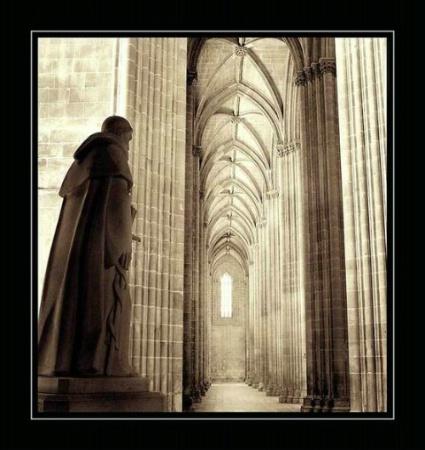 Saint, Batalha Cathedral