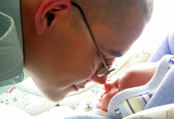 Soldier Meets Son - ID: 348890 © Carolina K. Smith