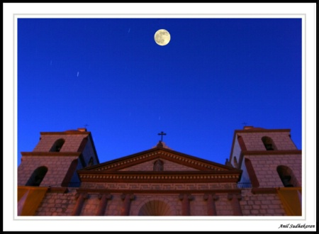 Mission, Moon & Stars