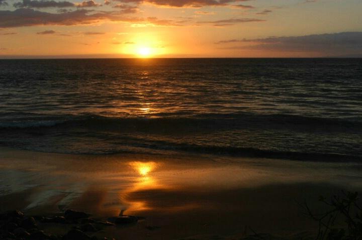 Sunset on Wailea Beach - ID: 374601 © John T. Sakai